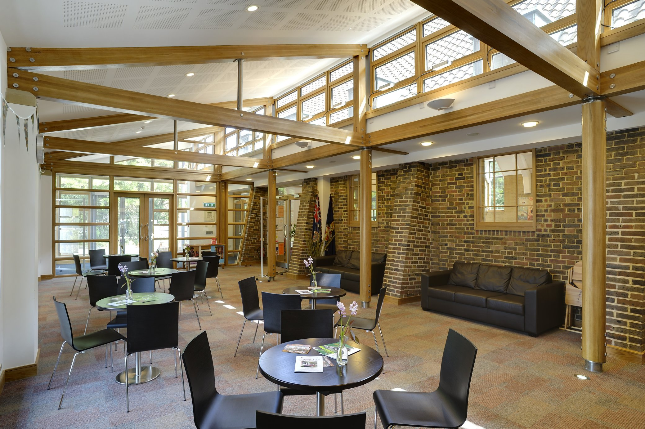 Woking URC Combining Traditional And Modern Design Allen